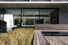 The Courtyard House by Formwerkz Architects