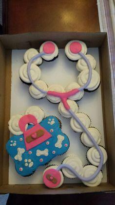 Doc McStuffins cupcake cake made by SevenEves Cupcakes Design, Cute Cupcakes, Cake Designs, Birthday Cupcakes, Ladybug Cupcakes, Kitty Cupcakes, Snowman Cupcakes, Giant Cupcakes, 3rd Birthday