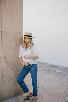 Simple linen basics that will redefine the essentials in your wardrobe to become your new uniform. These nursing friendly classic women's pieces are sustainably made in Los Angeles. Ethical Fashion, Breastfeeding, Mom Jeans, Pregnancy, Sleeve, Shopping, Collection, Women, Ethical Clothing