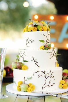 fall wedding cake - photo by Gideon Photography http://ruffledblog.com/whimsical-winery-wedding-in-california #weddingcake #cakes