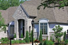 Chilton Ledge Natural Stone Veneer, Natural Stones, Cabin, Mansions, House Styles, Decor Ideas, Future, Home Decor, Natural Stone Cladding