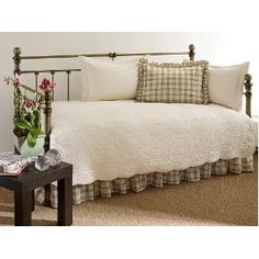 #6: Stone Cottage Trellis Collection 5-Piece Daybed Set, Ivory.