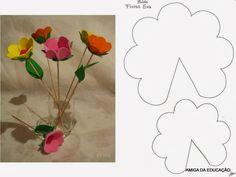 Artesanato com amor...by Lu Guimarães: Flores em EVA