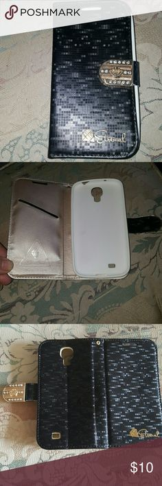 Samsung Galaxy S5 cellphone case In great used condition. Other