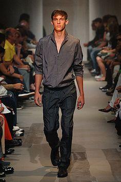 Prada   Spring 2006 Menswear Collection   Style.com
