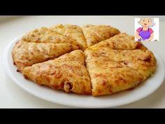 Turtițe pufoase cu salam și cașcaval - ideale pentru micul dejun sau ca gustare - YouTube Lactose Free Diet Plan, Flatbread Pizza, Kefir, Bakery, Clean Eating, Treats, Cheese, Snacks, Food And Drink