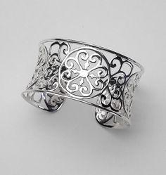 Southern Gates Sterling Silver Heart Scroll Cuff Bracelet (B202)