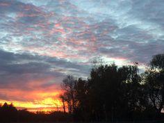Daarom kleurt de hemel zo mooi rood - Het Nieuwsblad