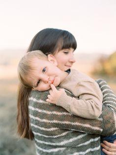 Oregon Family Portrait Session by Jessica Lyons Photography // Fine Art Film Photographer