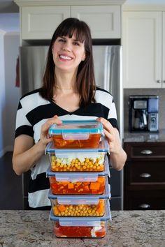 5 Vegan Freezer Meals in 1 Hour   Sweet Peas and Saffron Vegan Freezer Meals, Freezable Meals, Slow Cooker Freezer Meals, Vegan Slow Cooker, Freezer Smoothies, Freezer Food, Freezer Burn, Slow Cooker Tikka Masala, Quinoa Breakfast Bars