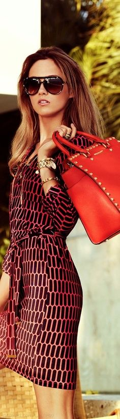 Michael kors outlet, Press picture link get it immediately!not long time for cheapest, Get Michael kors Bags right now! Fashion Moda, Look Fashion, Fashion Beauty, Womens Fashion, Fashion Design, Fashion Trends, Girl Fashion, Women's Summer Fashion, Winter Fashion