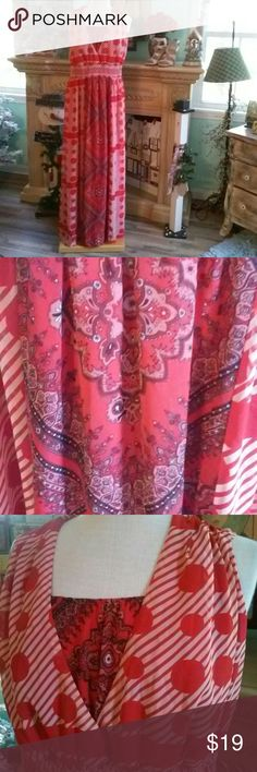 Cato Plus Size Maxi Dress 18/20 Beautiful. .smoke free home. .Bust 21 length 59...Bandanna look in center of dress Cato Dresses Maxi