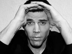 call me crazy but i think Steve-o from jackass is sexy Beautiful Men, Beautiful People, Amazing People, League Of Extraordinary Gentlemen, Steve O, Disney Renaissance, Ex Husbands, Interesting Faces, Celebs