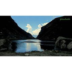 #swarncloud #sunset #waybacktomanali #landscape_captures #traveldiary #travelphotography #photowalastudiodelhi  contact me @9810811430