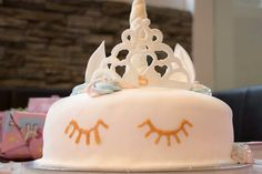 Get inspirational unicorn cake ideas from this image gallery of unicorn cake designs and cake toppers ideal for birthdays and kids parties