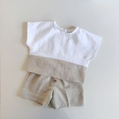 - Cape Cod Shorts in Natural & California Top in Natural/White Linen Both available in sizes Baby Boy Fashion, Toddler Fashion, Kids Fashion, Newborn Boy Clothes, Baby Kids Clothes, Sewing Kids Clothes, Baby Sewing, Baby Boy Dress, Baby Boy Outfits