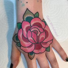 Traditional Tattoo Flowers, Traditional Tattoos, Dream Tattoos, Flower Tattoos, Tattoo Designs, Tattoo Ideas, Body Art, Piercings, Ink