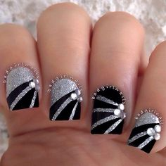 Fashion For Women: Black nail polish with white glitter