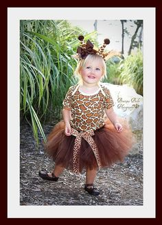 Ohhhh my goodness. This HAS to be Violet's Halloween costume!