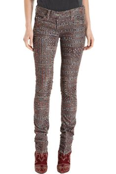 These pants are hot. Fall Wardrobe Essentials, New Wardrobe, Fall Fashion Trends, Runway Fashion, Style And Grace, My Style, Printed Pants, Fall Looks, Isabel Marant