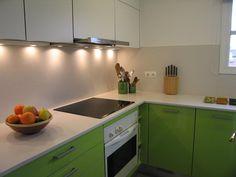 Diseño de cocina de Punt de Vista (Terrassa) con campana Pando P-890