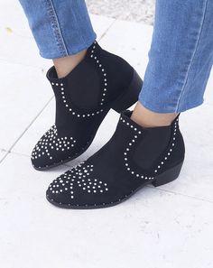 Black Studs Boots