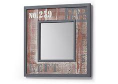 Espejo Erutna con Pizarra  Espejo con marco de madera de abeto. Acabado natural envejecido con patina blanca y pintura en tonos grises.  Color: Natural/Gris   Material: Madera de abeto.  Dimensiones: 45cm x 45cm x 2cm  Cuidados:  • No exponga muebles de interior al sol o al agua. • No exponga el mueble a altas temperaturas, al agua y/o humedad. • No utilice el mueble en actividades para las cuales no está diseñado. • Limpiar con un paño humedecido y luego seque completamente.