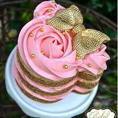 Mini smash cake for Jayliana?