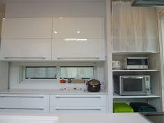 *web内覧会* キッチンの背面収納(主に自在棚) | めざせ片付け上手♪~さざえさん家のあれこれ〜 Kitchen Cabinets, Kitchen Appliances, Storage, Home Decor, Home, Diy Kitchen Appliances, Purse Storage, Home Appliances, Decoration Home