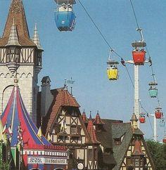 25 Amazing Vintage Photos Of Disney World