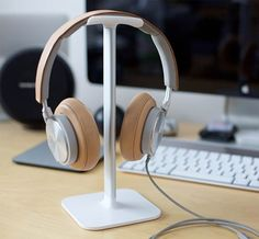 Treat your headphones with the Bluelounge Posto ($20.00).