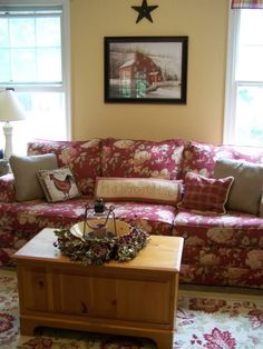 I Like The Floral Sofa. Not A Fan Of The Rooster Pillow Or The Picture Of  The Barn Though