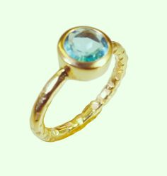 #slippers #stilllife #ooak #womancrushwednesday #lace #birthdaygift #riyogems #jewellery #gemstone #handcrafted #imitation #ring #bluetopazcz #blue #bling #ibiza #iger #ours #opals