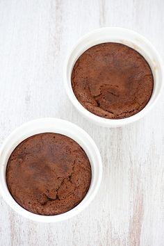 4 ingredient chocolate cake