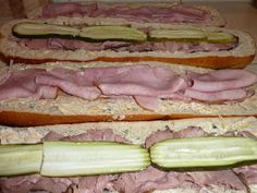 Eating It Up: Sandwich For A Crowd