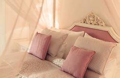 Home - Schloss Thalheim Bed Pillows, Pillow Cases, Furniture, Home Decor, Pillows, Decoration Home, Room Decor, Home Furnishings, Home Interior Design