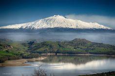 Vulcano Etna da Agira e lago di Pozzillo