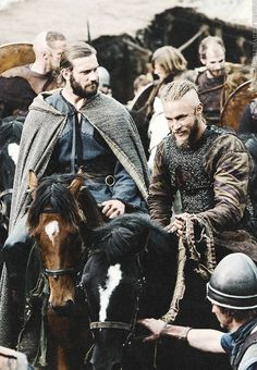Rollo and Ragnar Lothbrok. Vikings on history channel. Newest obsession :) I love this series so much. The episodes are sometimes a little inconsistent but the rest is pretty awesome. Great quality of filming, fighting and costume. Vikings Show, Vikings Tv Series, Lagertha, Ragnar Lothbrok Vikings, Vikings Rollo, Vikings Travis Fimmel, Viking Series, Viking Life, Floki