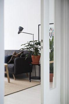 Vihreää olohuoneessa Home Decor, Decoration Home, Room Decor, Home Interior Design, Home Decoration, Interior Design