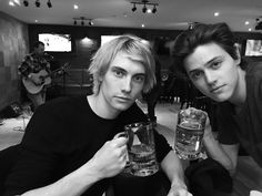 james paxton and tyler young from eyewitness