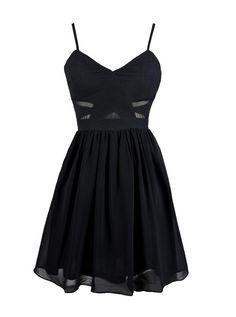 simple noir robe fête de la musique à bretelles fines