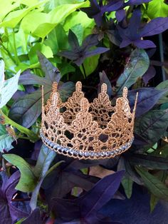 Brianna Gold Lace Crown / Photo prop / Cake Topper / by alanisja