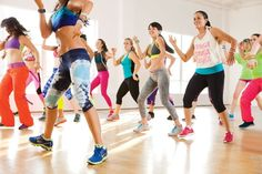 Here's a complete 30 minute Zumba workout from warm up to cool down! #zumba #workout #videos #fitness #health