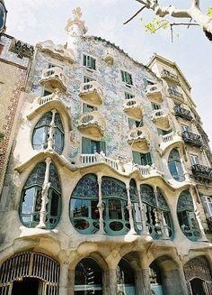 14 Amazing Architecture Design