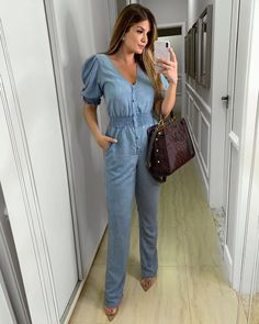 All Jeans, Retro Look, College Outfits, I Love Fashion, Fashion Outfits, Womens Fashion, Casual Looks, Beautiful Dresses, Jumpsuit