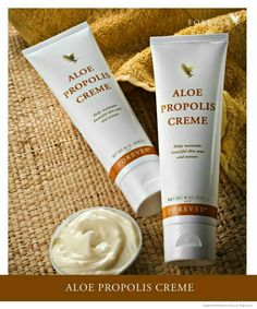 Aloe Propolis Creme A rich, creamy blend of aloe vera, bee propolis and camomile to help maintain healthy, beautiful skin tone and texture, with moisturising and conditioning properties. The Aloe Propolis Creme makes an excellent everyday moisturiser and Forever Aloe, Natural Hair Treatments, Skin Treatments, Natural Make Up, Natural Skin Care, Natural Herbs, Propolis Creme, Bee Propolis, Humectant