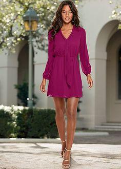 style a red dress venus