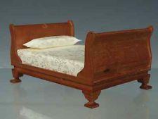 Doppelbett Walnuss, Puppenhaus, Puppenstube 1:12