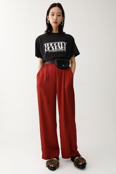 THE CITY OF STARS Tシャツ MOUSSY SHEL'TTER WEB STORE Cool Outfits, Fashion Outfits, Womens Fashion, Style Me, Cool Style, Outfit Goals, Fashion Books, Asian Style, Apparel Design