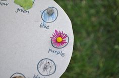 I Am Momma - Hear Me Roar: Color Scavenger Hunt and Nature Bracelet Summer Activities, Learning Activities, Teaching Ideas, Preschool Ideas, Outdoor Activities, Nature Activities, Daycare Ideas, Teaching Art, Preschool Activities